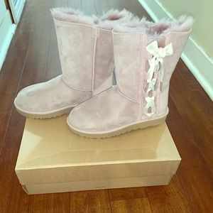 Uggs boots size 7 NEW